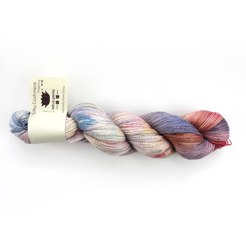 Håndfarvet lys lilla/rosa 02